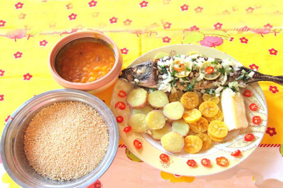 Pratos típicos de Angola - Mufete de peixe carapau