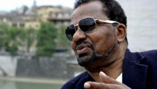 Bonga volta a Angola após décadas de exílio em Portugal