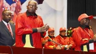 José Eduardo dos Santos ''abandona'' MPLA