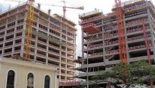 Comprar escritórios em Luanda é alternativa à desvalorização cambial mas não trava crise