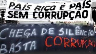 Angola piora 3 posições no ranking sobre corrupção no setor público