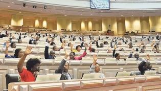 Parlamento aprovou na generalidade OGE19 com abstenção da oposição