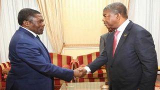 Restos mortais de Savimbi podem ser exumados este ano