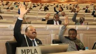 Parlamento angolano aprova Conta Geral do Estado de 2016