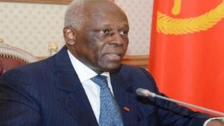 Presidente do MPLA, José Eduardo dos Santos apela à revitalização das estruturas de base do partido