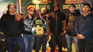 Banda angolana de rock M'vula realiza tournée por África