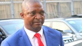Joseph Kabila indicou Ramazani Shadary como candidato para eleição presidencial
