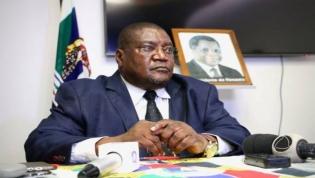 Tenente-general Ossufo Momade eleito líder interino da Renamo