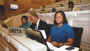 UNITA aponta risco de revisão orçamental em 2019 por eventual queda no petróleo